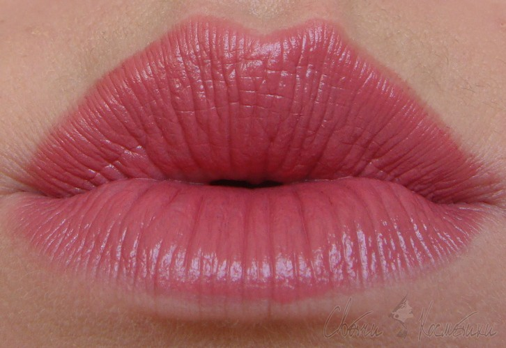 Estee Lauder Pure Color Envy Sculpting Lipstick  410 Dynamic